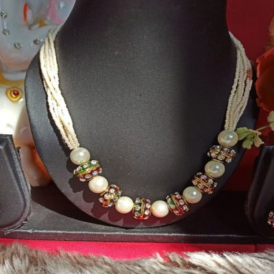 Trendilook Beautiful Green Color Stone Set for Ladies